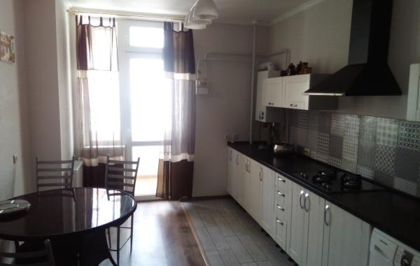 СРОЧНО! Продается 2-х комнатная квартира c ремонтом на Античном пр-те 20, г. Севастополь
