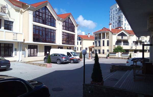 Продается 2-х уровневая квартира в элитном ЖК «Дрим Таун» по ул. Степаняна, 10А, г. Севастополь