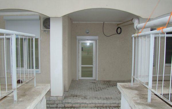 Продается нежилое помещение 76 м.кв. с ремонтом на Кесаева, 12, г. Севастополь