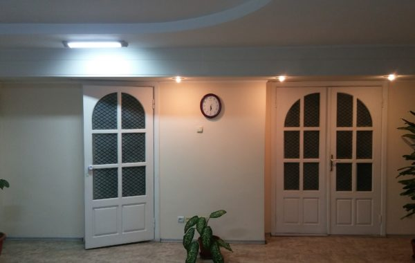 Сдается в аренду офисное помещение 36 м.кв. с ремонтом по адресу ул. Репина 15, г. Севастополь