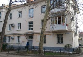 Продается 3-х комнатная квартира в центре на ул. Л. Толстого 12, г. Севастополь