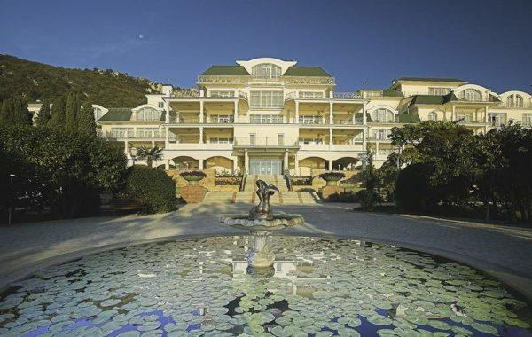 Продаются апартаменты на территории курорта Palmira в п. Курпаты, Крым
