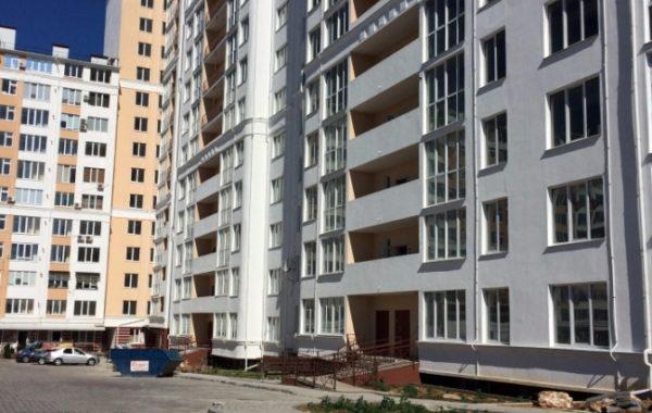 Продается 3-комнатная квартира ул. Парковая 12 в Севастополе