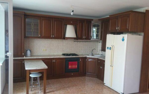 Продается 2-х комнатная квартира на ул. Кесаева 16, г. Севастополь