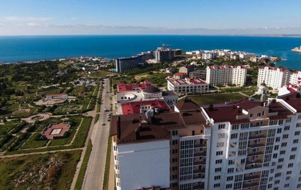 Продается 3-комнатная квартира с видом на море на ул. Парковая, 12, г. Севастополь