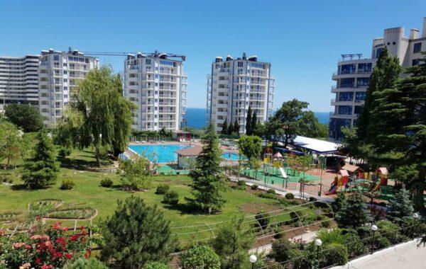 Продается 3-комнатная квартира в элитном жилом комплексе «Ришелье Шато» в пгт Гурзуф