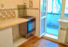 Продается 2-комнатная квартира 52 м кв. на ул. Пролетарской 32 (р-н Камышовая), г. Севастополь
