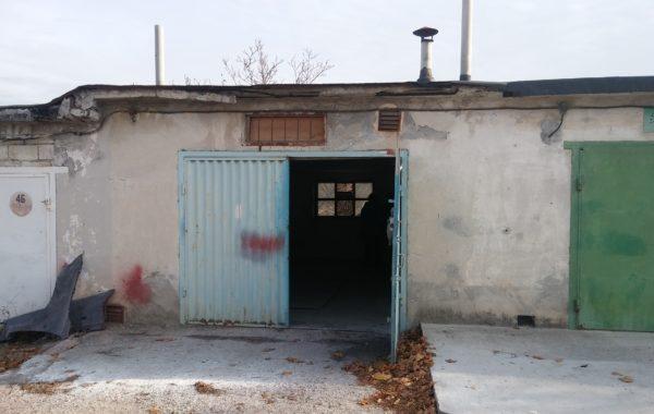 Продается капитальный каменный гараж 30 м.кв. в ГК «Восточный» на Остряках