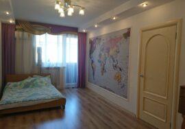 Сдается 3-комнатная квартира в тихом центре Севастополя по адресу ул. Симферопольская, 11