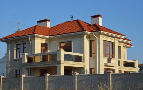 Продается дом 340 кв. м на берегу моря на ул. А. Первозванного в Севастополе