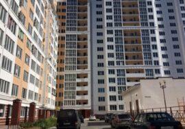 Продается 2-комнатная квартира 59 м.кв. на ул. Парковая,12, г. Севастополь