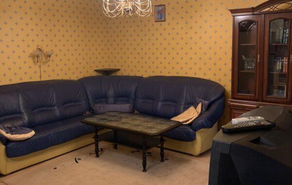 Продается трехкомнатная квартира 77 кв. мна ул. Ленина, 48, г. Севастополь