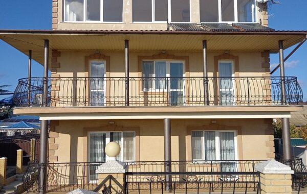 Продается 4-х этажный жилой дом 413 м. кв. в СТ «Прибрежное», Орловка