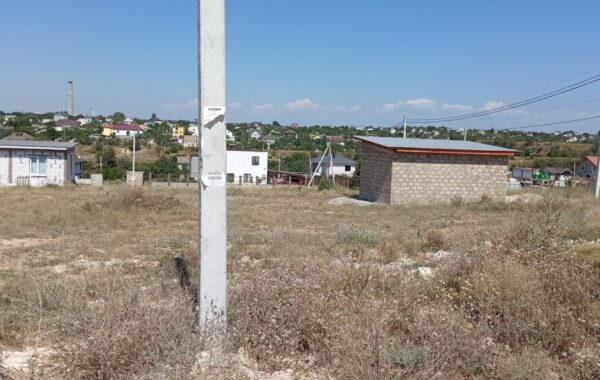 Продаётся участок 6 соток под ИЖС, ул. Геннадия Черкашина, (район хутора Пятницкого)